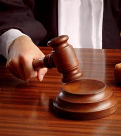 le-tribunal-de-paris-estime-que-facebook-n-est-pas-une-zone-de-non-droits 40539 w250